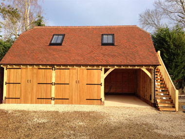 3 bay Oak framed garage with room over in Devon